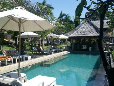 bali-hotel-tulamben-resort-beach-bar