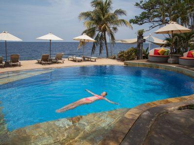 bali tulamben tauch resort pool