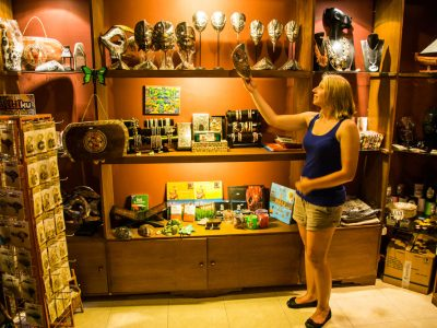 bali-tulamben-dive-resort-shop